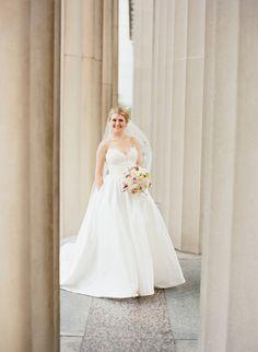 <p>Nashville Wedding War Memorial</p>