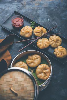 Impossible de visiter le #Népal sans goûter les momos, ces raviolis traditionnels, incontournables de la #cuisine népalaise.