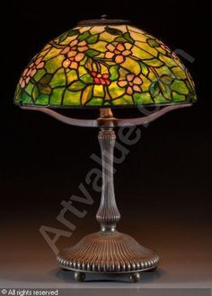 TIFFANY Louis Comfort - Apple Blossom Table Lamp