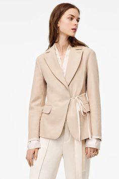 ЖАКЕТ С ШИРОКИМИ ЛАЦКАНАМИ, ЛИМИТИРОВАННАЯ КОЛЛЕКЦИЯ | ZARA Russia / Россия Zara, Blazer Outfits, Jacquard Fabric, Her Style, What To Wear, Street Style, Long Sleeve, Sleeves, Shopping