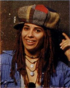 linda perry dreads - Google Search Hard Music, Non Blondes, Women Of Rock, Women In Music, Music Is Life, Rock And Roll, Blues, Dreadlocks, Google Search