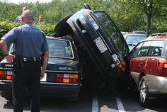 Le top 15 des accidents de voiture les plus ridicules ! - Les dérapages http://www.plombier-paris-artisan.fr/