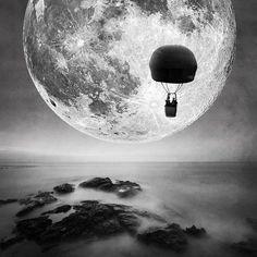 *** Fly to the moon *** by Ömür Kahveci on 500px
