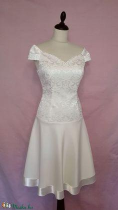 Rövid esküvői ruha (nicoledesign) - Meska.hu Formal Dresses, Fashion, Dresses For Formal, Moda, Formal Gowns, Fashion Styles, Formal Dress, Gowns, Fashion Illustrations