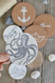 Home Deco, Coasters, Place Cards, Place Card Holders, Make It Yourself, Personalized Items, How To Make, Decor, Serenity