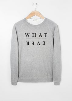 THE BEST DESIGN & FASHION XMAS GIFTS FOR HIM gREY sweatshirt