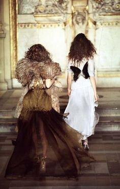 Angels? Givenchy Haute Couture 1997 by Alexander McQueen)