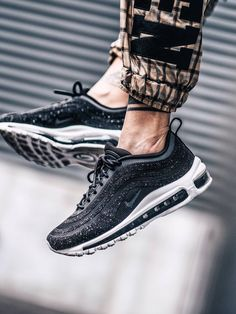 Nike wmns Air Max 97 LX Swarovski Crystal - 2017 (by needlehorse)
