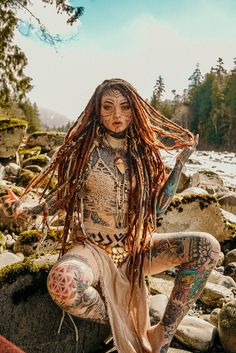 Morgin Riley wearing the one-of-a-kind Citrine Pendant made with upcycled materials . Fantasy Female Warrior, Fantasy Girl, Character Inspiration, Character Art, Character Design, Hot Tattoos, Girl Tattoos, Fantasy Characters, Female Characters