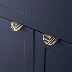 Leaf shape /brass Door knob European Antique Furniture Handles Drawer Pulls Kitchen Cabinet gold Knobs and Handles-in Cabinet Pulls from Home Improvement on AliExpress