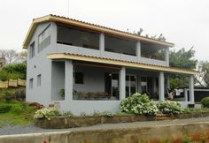 This ocean view multi-family home is ideally located just outside San Juan del Sur and has plenty of elbow room. The property is nearly 1/2 acre in size!