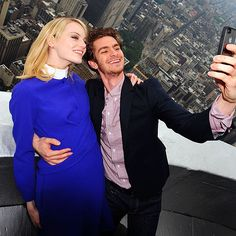 Emma Stone and Andrew Garfield at the top of the Empire State Building.