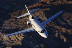 The Falcon 50 / 50EX jet for charter carries 9 passengers with a max cruising speed of 560 mph and a max range of 3,075 statute miles. MFR: Dassault