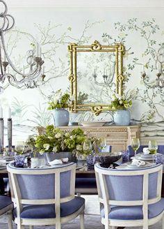 Purple Accent Dining Room Design #purple #diningroom #homedecor