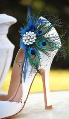 Peacock Feathers, Ideas, Peacocks Wedding, Wedding Shoes, Wedding Heels, Peacocks Shoes, Something Blue, Shoes Clips, Peacocks Feathers