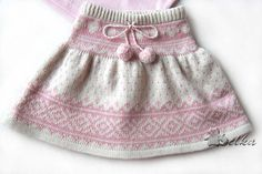 Ravelry: jaquard skirt pattern by Tatyana Fedorova- free (helpful notes translating into English in the projects section)