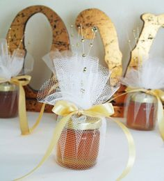 Bonboniere Wedding Favors 6 Mini Jars of Welsh Honey by Melyshoney, £15.00
