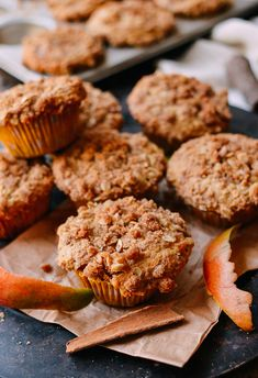 With buttermilk, an oatmeal crumb topping, and fresh mango, these mango muffins are inspired by a recent trip to Hawaii and perfect w/ coffee for breakfast. Mango Muffins, Finger Desserts, Wok Of Life, Afternoon Snacks, Something Sweet, Muffin Recipes, Woks, Sweet Tooth, Oatmeal