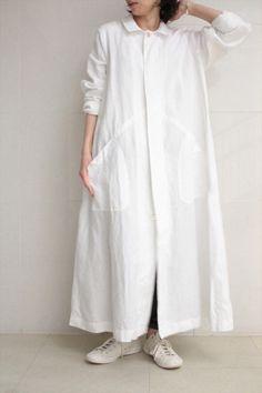 Ankle-length white linen coat-dress : Veritecoeur