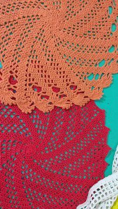 Curupisa: Vortex: una carpeta a crochet / a crochet doily Thread Crochet, Filet Crochet, Knit Crochet, Crochet Tablecloth, Crochet Doilies, Crochet Storage, Easter Crochet Patterns, Crochet Squares, Crochet Designs