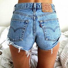 Levi's 501 High Waisted Vintage Denim Shorts - Frayed and Distressed Levi Vintage Denim, Vintage Levi Shorts, Look Vintage, Vintage Black, Levi's Shorts, Levi High Waisted Shorts, Waisted Denim, Jean Shorts, Mode Shorts