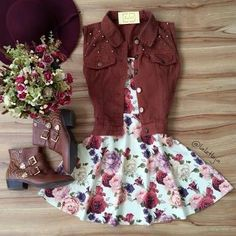 I like adding the best to give the floral/feminine vibe more of an edge Mode Outfits, Dress Outfits, Girl Outfits, Dress Up, Fashion Outfits, Cute Dresses, Casual Dresses, Short Dresses, Casual Outfits