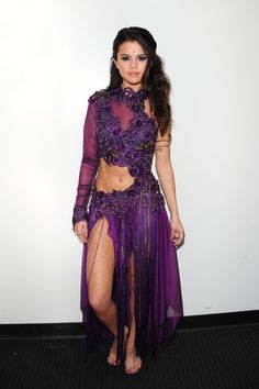 "Love the purple and the flower details Selena Gomez ""Come & Get It"" live"