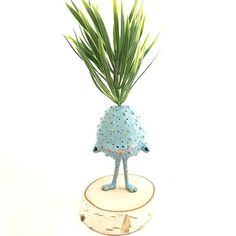 Mandragora with colors 🌱🌸🌿🌼☘️ #mandrake #mandragora #plantsofinstagram #plants #magicalcreatures #collectibles #originalart #art #arttoy #artdoll #ooak #ooakdoll #ooaktoy #niezchinzpasji #mosweetfactory #mo_creatures #clay #etsy #fimo #handmade #sculpey #sculpture #polymerclay #wip #fantasy #fantasycreature #cute #creepy #creepycute #littlemonster