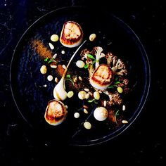 Scallops Roasted Cauliflower Cauliflower Puree Pine Nuts Golden Raisins Scallop Roe @155_bar_kitchen available Lunch and Dinner by @chefgavingordon #food #foodie #foodart #foodpic #foodporn #f52grams #foodgasm #foodgram #chef #cheflife #chefsofinstagram #theartofplating #topchef #toplondonrestaurants #londonrestaurants #privatechef #instachef #instafood #instagood #sogood #yummy #pretty #scallop #truecook #wildchef by satnavtom1