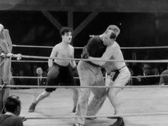 Vida de perros 1918 - Charles Chaplin (Película completa) - Subtitulado en español - YouTube