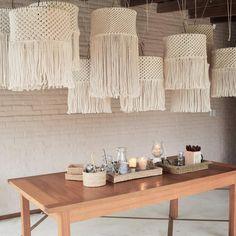 Luminaria Diy, Macrame Thread, Diy Chandelier, Macrame Design, Macrame Projects, Macrame Patterns, Diy Room Decor, Home Decor, Diy Furniture