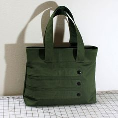 Hey, I found this really awesome Etsy listing at https://www.etsy.com/listing/92105262/medium-tote-bag-with-decorative-straps