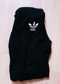 Kup mój przedmiot na #vintedpl http://www.vinted.pl/damska-odziez/legginsy/21384772-legginsy-adidas-czarne-s-stan-idealmy