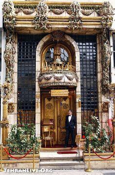 Paris Cafe Tehran, Iran....that's just beutifull