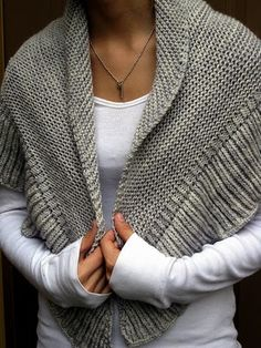 Mara shawl - easy knitting - love!