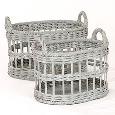 newspaper/magazine basket for next to banquette