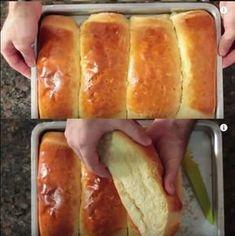 Bread Recipes, Cooking Recipes, Healthy Recipes, A Food, Food And Drink, Portuguese Recipes, Hot Dog Buns, Delish, Bakery