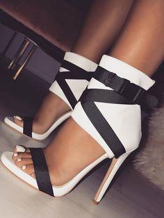 917451fe0715 76 Best Shoes images