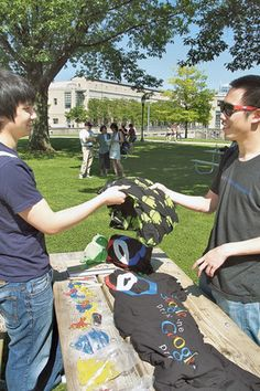 WSJ Revenge of the Nerds: Tech Firms Scour College Campuses for Talent