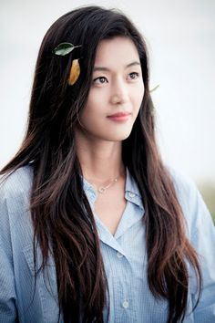 Actriz: Jun Ji Hyun Dorama: Legend of the Blue Sea Legend Of The Blue Sea Poster, Legend Of The Blue Sea Kdrama, Legend Of Blue Sea, Korean Actresses, Asian Actors, Korean Actors, Korean Dramas, Korean Beauty, Asian Beauty