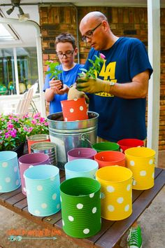 Diy Discover A Colorful and Fun Tin Can Flower Garden Makes the Perfect Backyard Fence Decor Tin Can Crafts Diy Crafts To Sell Easy Crafts Kids Crafts Kids Garden Crafts Easy Diy Garden Fencing Backyard Fences Tin Can Centerpieces Tin Can Crafts, Diy Crafts To Sell, Crafts For Kids, Crafts With Tin Cans, Coffee Can Crafts, Upcycled Crafts, Easy Crafts, Easy Diy, Tin Can Centerpieces