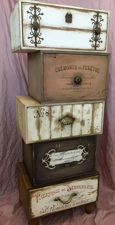 Awesome DIY Shabby Chic Furniture Makeover Ideas ⋆ Crafts and DIY Ideaswindow. Repurposed Furniture, Shabby Chic Furniture, Shabby Chic Decor, Paint Furniture, Furniture Makeover, Cool Furniture, Painted Wooden Boxes, Wood Boxes, Wood Crafts