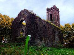 アイルランドの放棄された教会