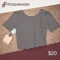 Aritizia striped crop t-shirt Never worn with tags. Stripped aritiza short sleeve cropped top. Aritzia Tops Crop Tops
