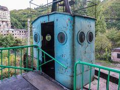 Gruzja, Chiatura, miasto kolejek linowych.