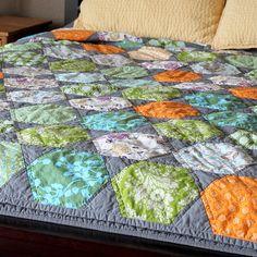 Rosalie Quilt - Hexagon Quilt - Hexies
