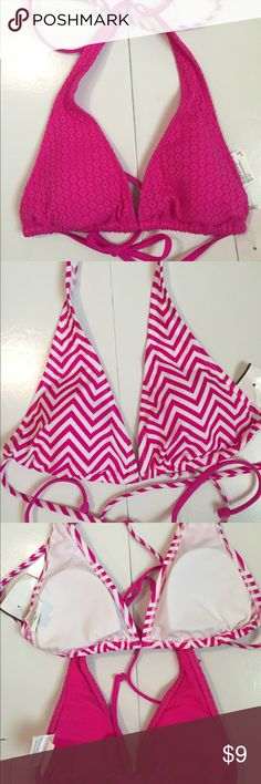 NWT• 2 Bikini Tops • Striped Pink & White • Solid Old Navy Bikini Bottoms• Includes 2 XS Tops• One a solid Bright Pink• Striped Pink & White XS • Ties around the next $ the back•  Has a slit to fix or remove the pads• Old Navy Swim Bikinis