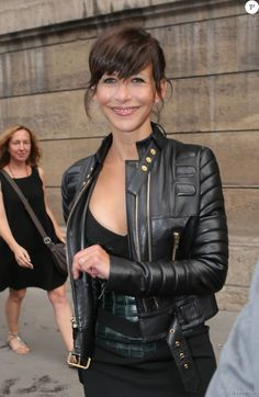 sophie marceau leather jacket was worn by the ravishing and beautiful french diva sophie marceau. She wore this padded design black leather jacket and looked stunning. Sophie Marceau, Alexandre Vauthier, Beautiful Celebrities, Most Beautiful Women, Non Plus Ultra, Jenifer Aniston, Cooler Look, French Actress, French Chic