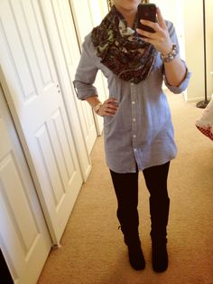 Infinity scarf, leggings and boots...I like!