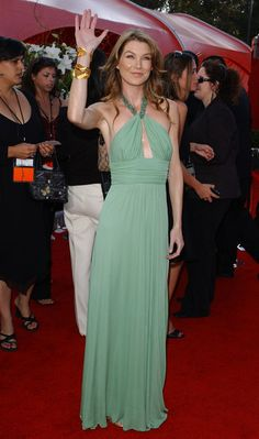 Yep, I'm a fan of Ellen Pompeo seen here in 2005 at the Emmy Awards.  That color is so wonderful on her.